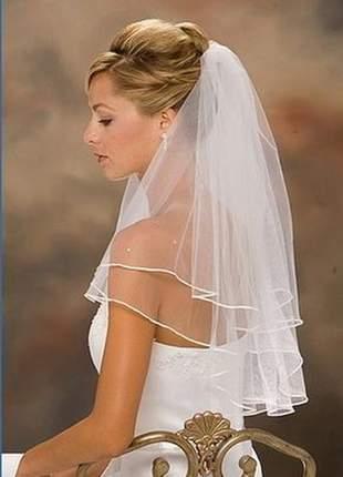 Véu de noiva casamento decorado em fita de cetim com pente