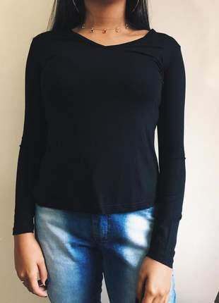 Segunda pele blusa básica preta