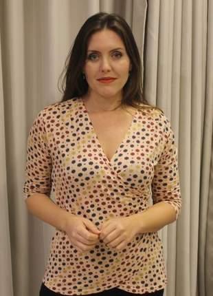Blusa feminina decote v transpassada de malha