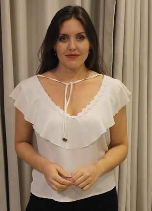 Blusa feminina de babados off white
