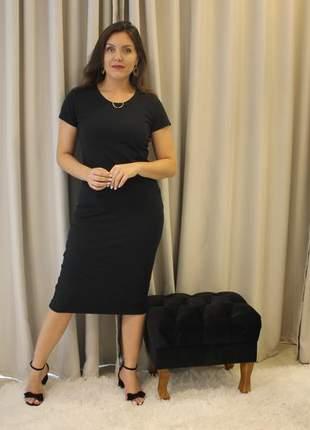 Vestido preto midi canelado forrado