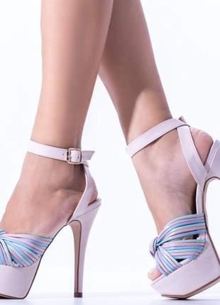 Sandália feminina meia pata salto alto