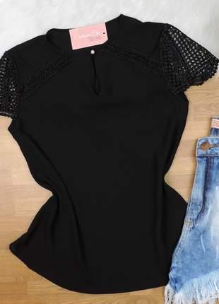 Blusa renda preta bs42