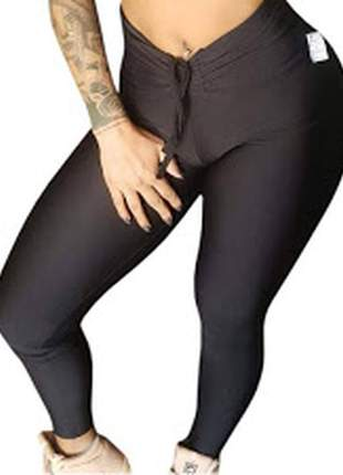 Calça legging feminina preta de suplex cintura alta e cordão