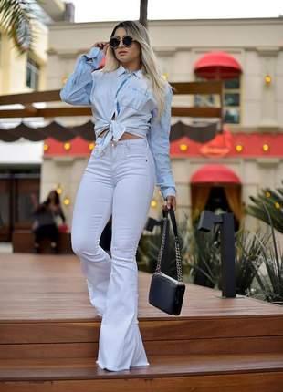 Camisa jeans com aplique