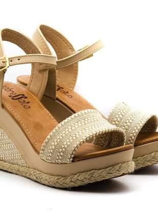 Sandália feminina anabela  sobressalto  fivela