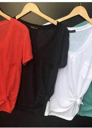 Camiseta básica com bolsonde linho/viscose