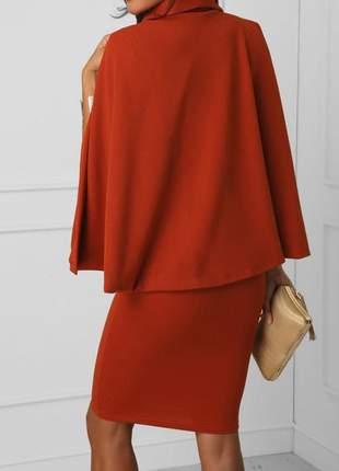 Vestido midi com capa moda evangélica desenvolvido em crepe dior