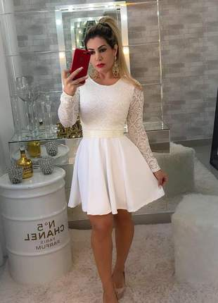 Vestido boneca branco manga longa