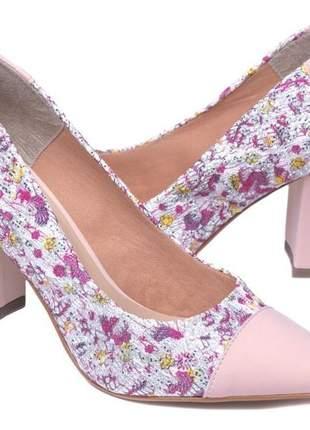 Sapato scarpin salto grosso rosê estampado
