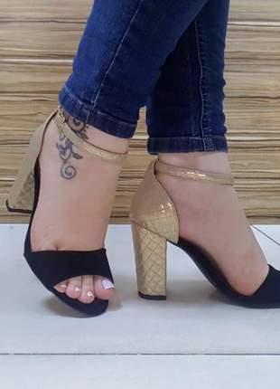 Lançamento linda sandália salto grosso