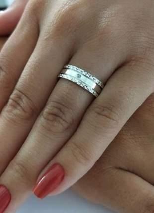 Par de aliança 6mm laterais diamantada em prata