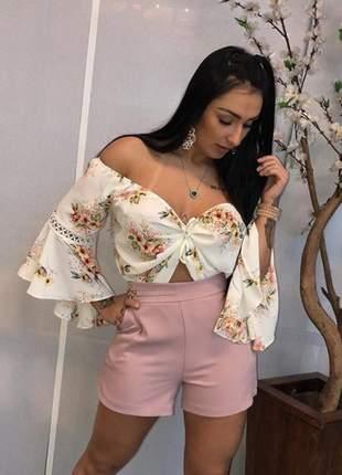 Blusa ciganinha floral romântica