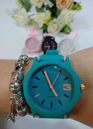 Relógio colors estiloso