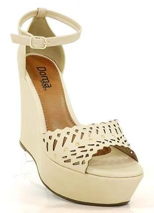 Sandália feminina plataforma doma shoes creme