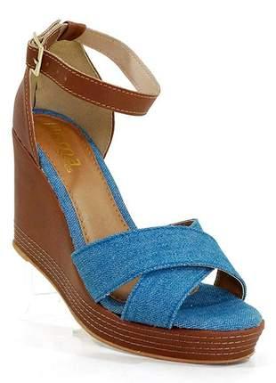 Sandália feminina plataforma doma shoes jeans e marrom