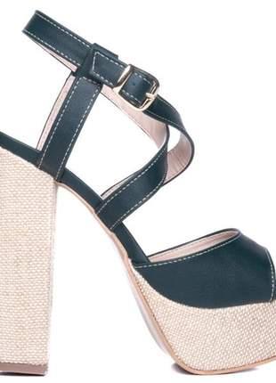 Sandália meia pata salto bloco