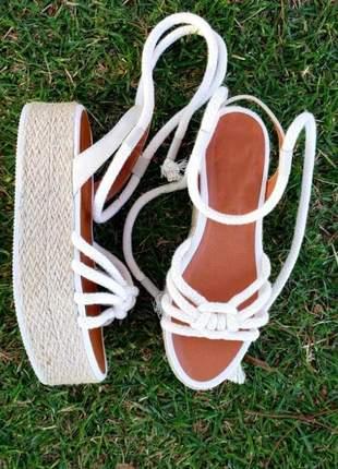Sandália flat form