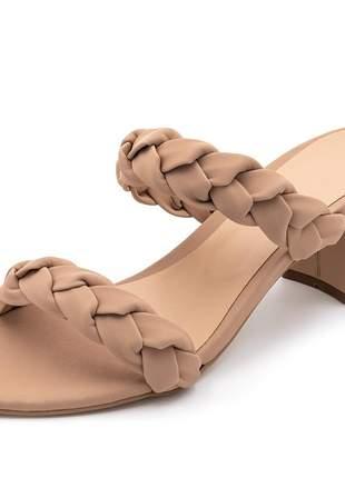 Sandália salto grosso médio em napa nude