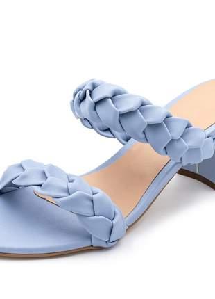 Sandália salto grosso médio em napa azul bebe