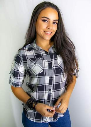 Camisa xadrez manga longa preta e branca