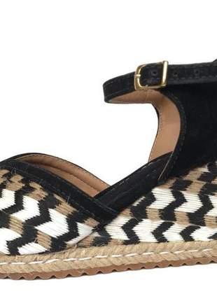 Sandalia anabela espadrille fun store suzan preto e branco salto médio confortavel