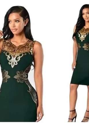 Vestido tubinho justo verde dourado médio de festa elegante