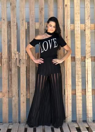 Camiseta love preta